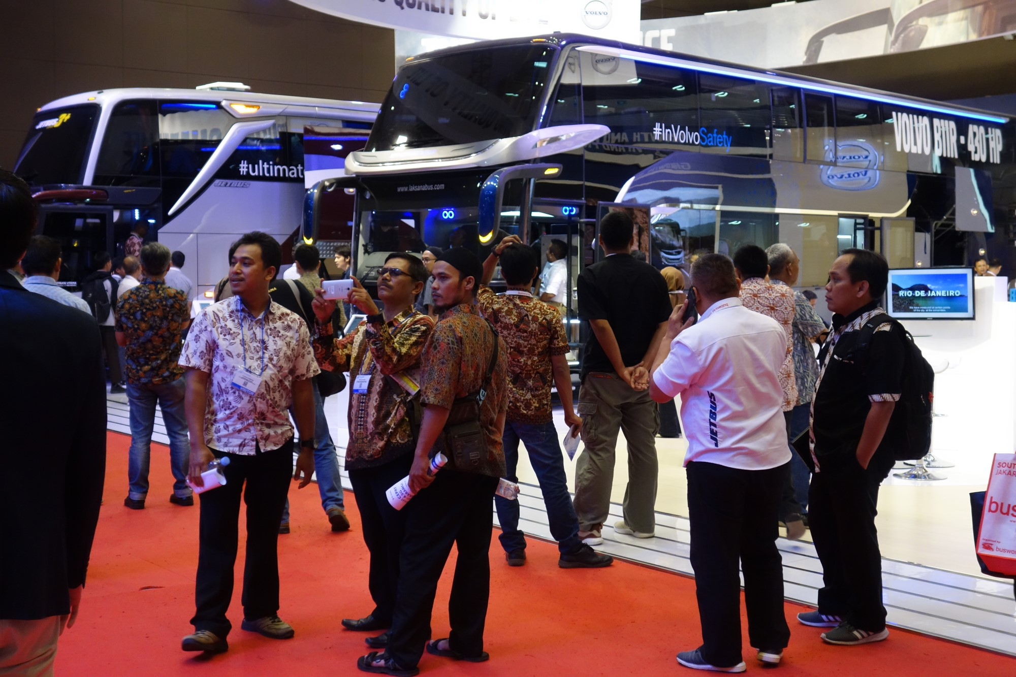 Atmosphere at Busworld SEA